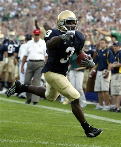 Darius Walker and the Fighting Irish are set to face Washington in Notre Dame Stadium this weekend (2:30 p.m. EST).