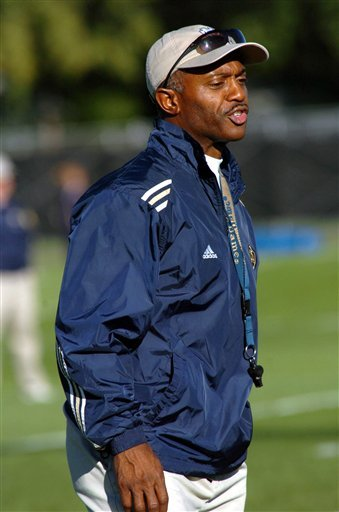 Notre Dame head coach Tyrone Willingham's team is set to face #1 USC on Saturday at 8 p.m. (EST).