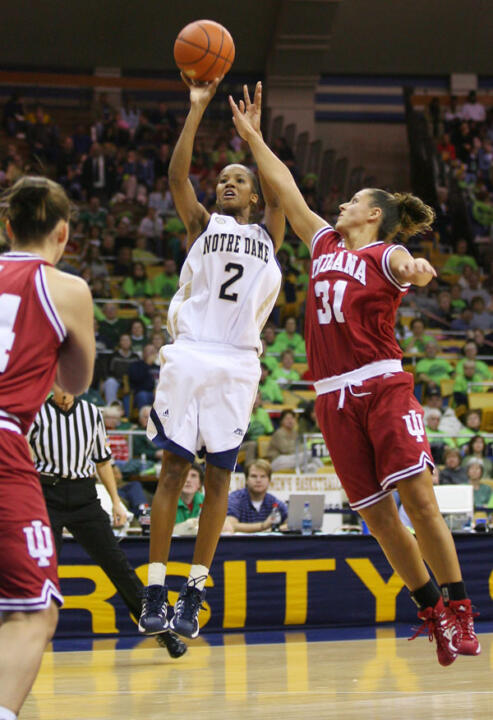 Senior guard Charel Allen became the fourth Notre Dame player in five seasons named to the State Farm Wade Trophy Preseason List, when she was tabbed for a spot on the 2007-08 chart according to Tuesday's announcement by the Women's Basketball Coaches Association (WBCA).