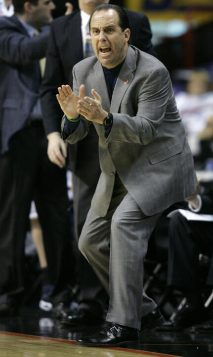 Notre Dame head coach Mike Brey enters his 8th season with the Irish in the 2007-08 season