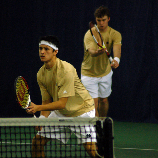 Santiago Montoya teamed with Tyler Davis to earn a doubles win for the Irish Friday.