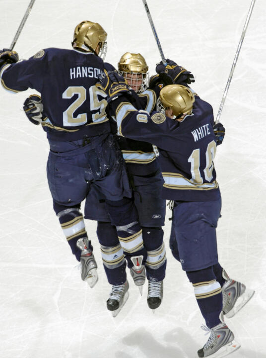 The Irish celebrate after winning the 2008 NCAA West Regional at Colorado Springs.