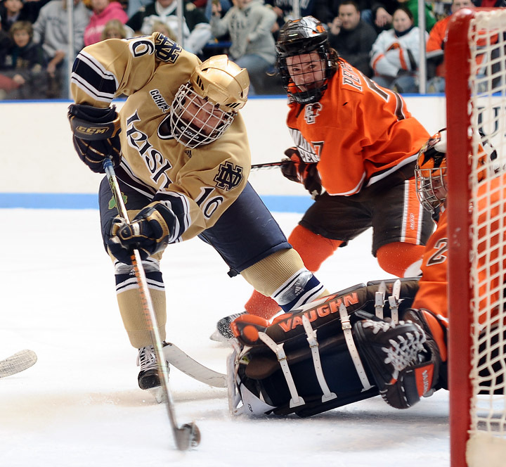 Dan Kissel gave Notre Dame a 1-0 lead at 19:36 of the first period with his third goal of the year.