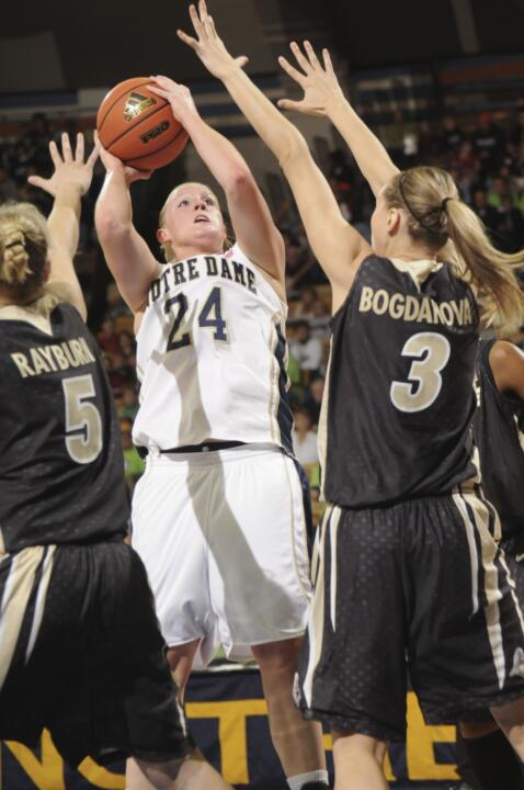 Lindsay Schrader led the Irish offense in the win.