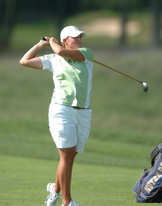 Lisa Maunu notched a team-high three birdies on the third day of play at the Bryan National Collegiate.