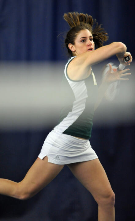 Freshman Shannon Mathews clinched the win for the Irish with a victory at No. 4 singles.