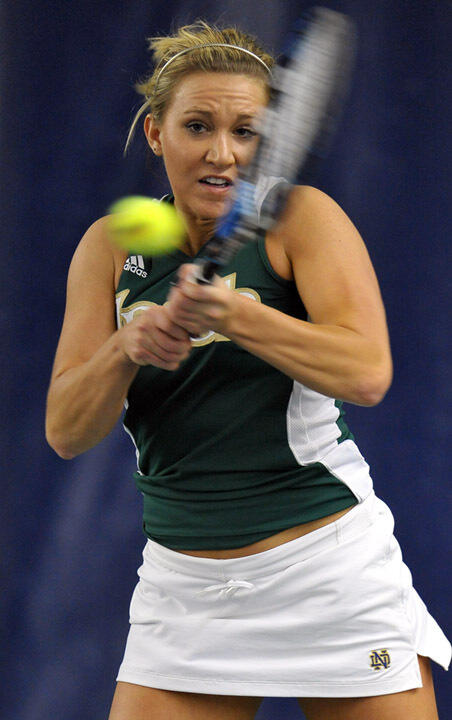 Senior Kelcy Tefft clinched the win for the Irish with a victory at No. 1 singles.