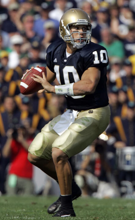 With comeback wins against UCLA and MSU in 2006 - and a great fourth-quarter drive against USC in '05, Brady Quinn proved to be one of the best clutch quarterbacks in Notre Dame history.