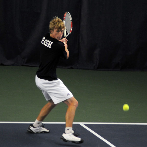 Casey Watt had two singles victories on day two of the Illinois Invitational.