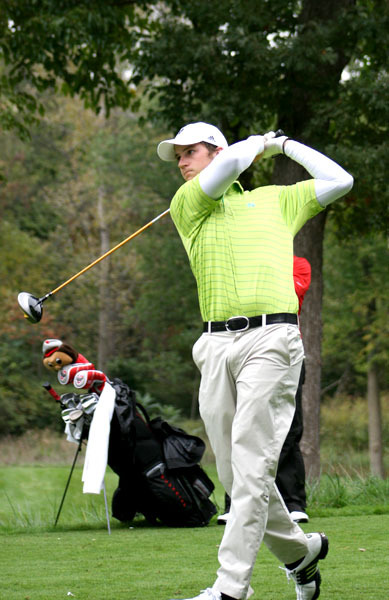 Josh Sandman won the Fighting Irish Gridiron Golf Classic for his first career individual title.