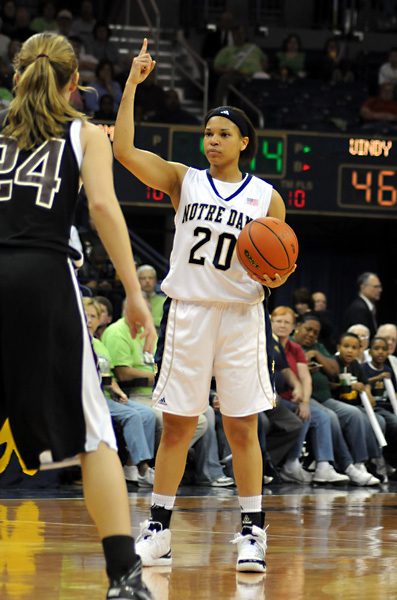 Senior guard/tri-captain Ashley Barlow and No. 4/7 Notre Dame will open the 2009-10 regular season Sunday night with a visit from Arkansas-Pine Bluff at the newly-remodeled Purcell Pavilion.