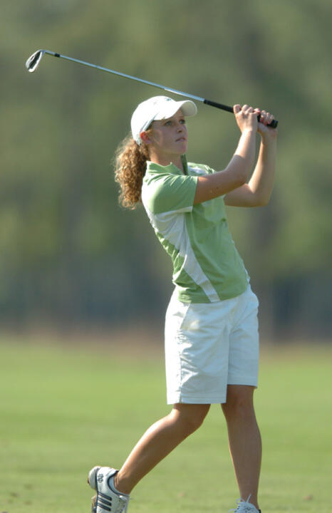 Katie Conway fired a three-over par 75 to lead the Irish in the second round of play at the LSU Tiger/Wave Classic.