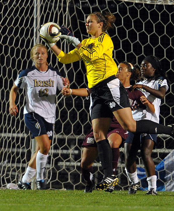 Senior goalkeeper Nikki Weiss recorded a (then) career-high six saves in last year's NCAA College Cup semifinal match against North Carolina in College Station, Texas.