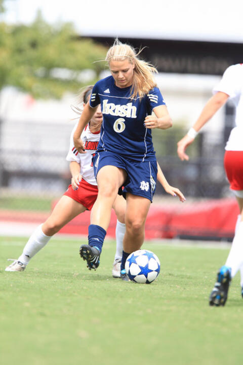 Junior All-America forward Melissa Henderson was named the first runner-up for the 2010 Hermann Trophy, it was announced Friday at the Missouri Athletic Club in St. Louis.