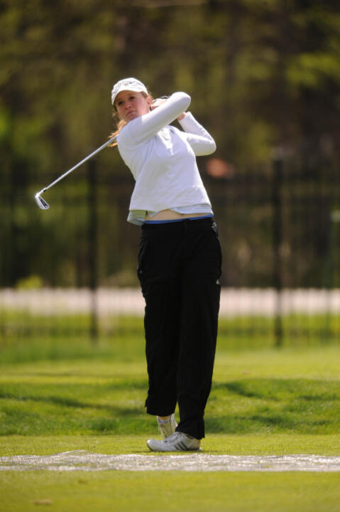 Becca Huffer led coast-to-coast among the Irish rotation, finishing tied for 50th overall at 224 (+8).