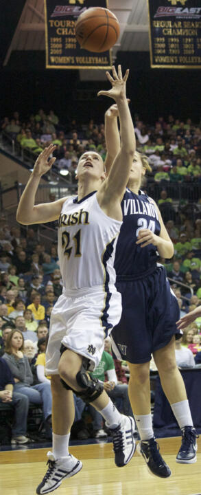 Notre Dame senior guard/tri-captain Natalie Novosel is among 10 finalists for the 2011-12 Lowe's Senior CLASS Award for women's basketball, it was announced Wednesday.