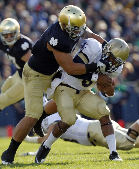 Senior linebacker Manti Te'o ranks eighth in school history with 324 career tackles (the most by any Notre Dame player in the past quarter century) entering the 2012 season.