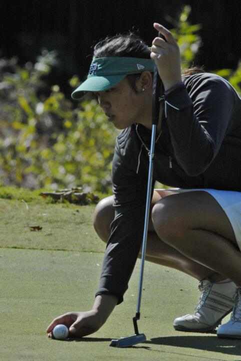 Kristina Nhim and Ashley Armstrong are tied for first after two rounds at the Pure Silk Collegiate Team Championship.