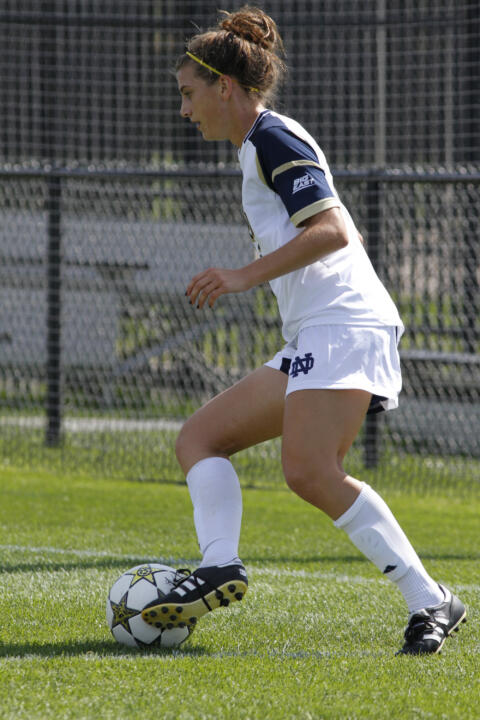 Forward Cari Roccaro became the first Notre Dame freshman in six years to be chosen as the BIG EAST Offensive Player of the Week when she earned that accolade Monday afternoon.