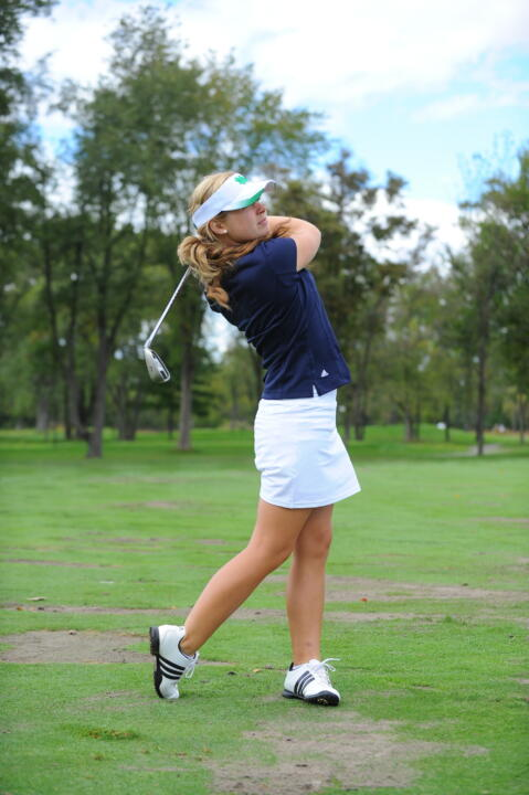 Freshman Lindsey Weaver shot a one-under par last tournament.