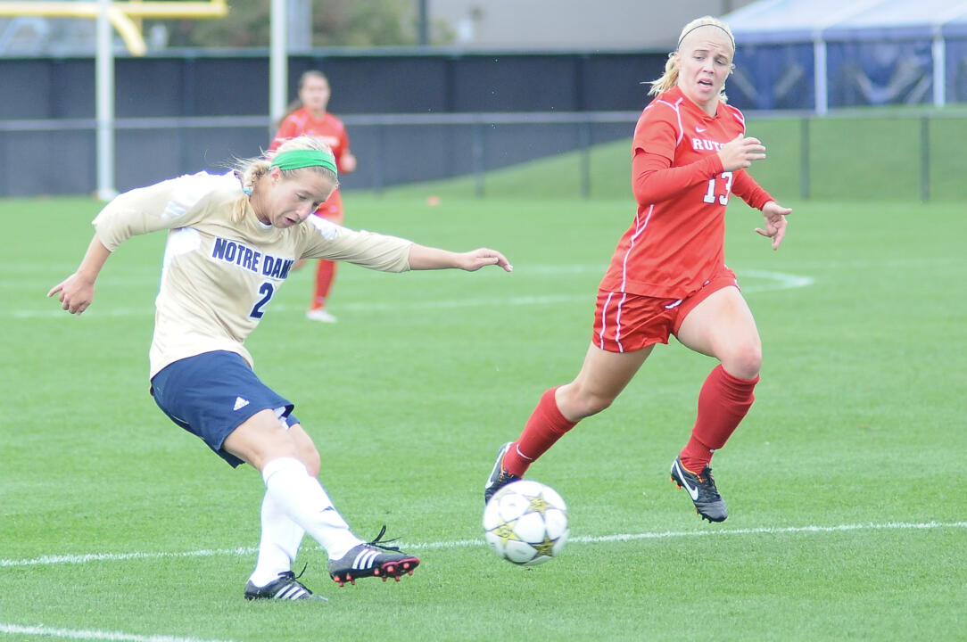 Freshman forward Crystal Thomas scored twice in a span of 6:04 midway through the first half, as No. 24/25 Notre Dame ran its unbeaten streak to eight matches with a 2-2 draw against Rutgers on Sunday afternoon at Alumni Stadium.