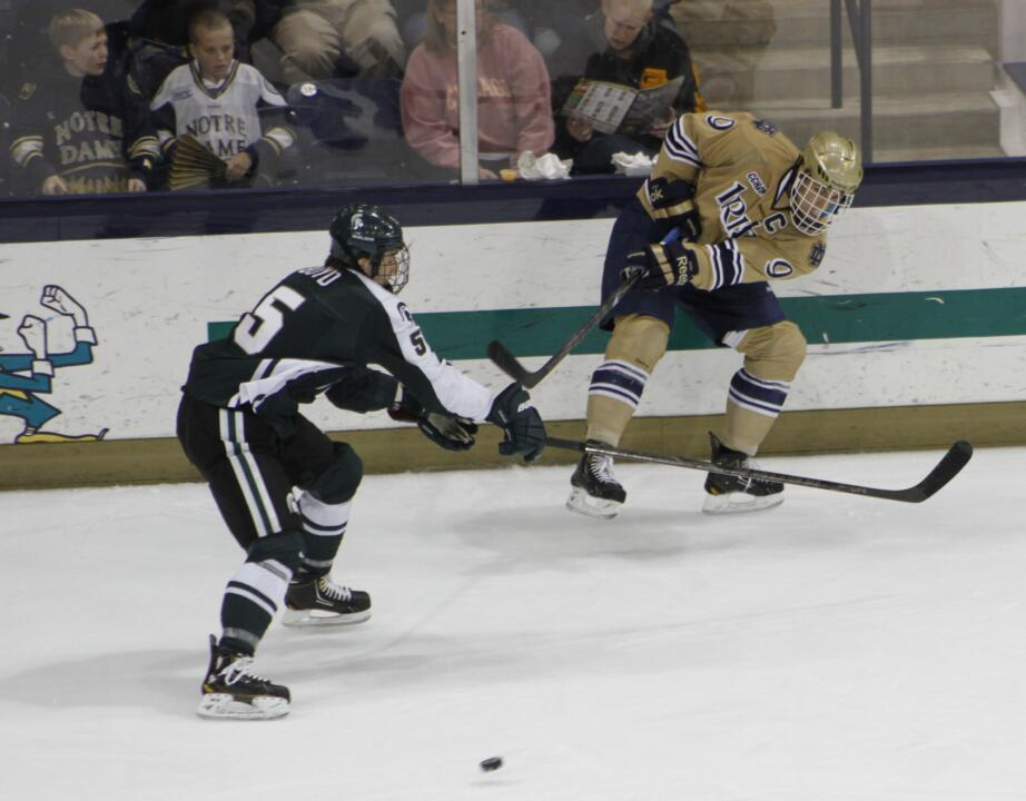 Anders Lee scored the lone goal for Notre Dame in the 4-1 loss at Michigan State.  The goal was his team-best 12th of the season.