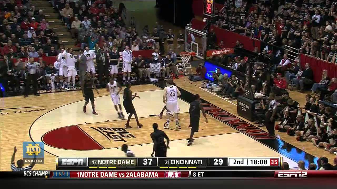 Irish Beat Bearcats 66-60 - Men's Basketball