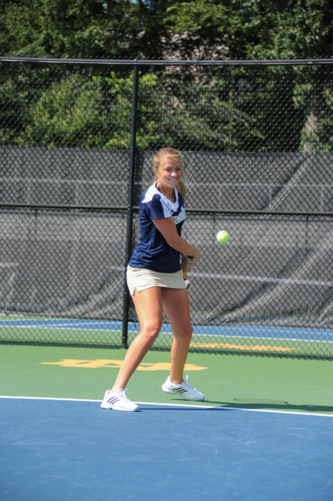 Katherine White's third straight singles victory helped propel Notre Dame to a 5-2 win over Georgia Tech Saturday