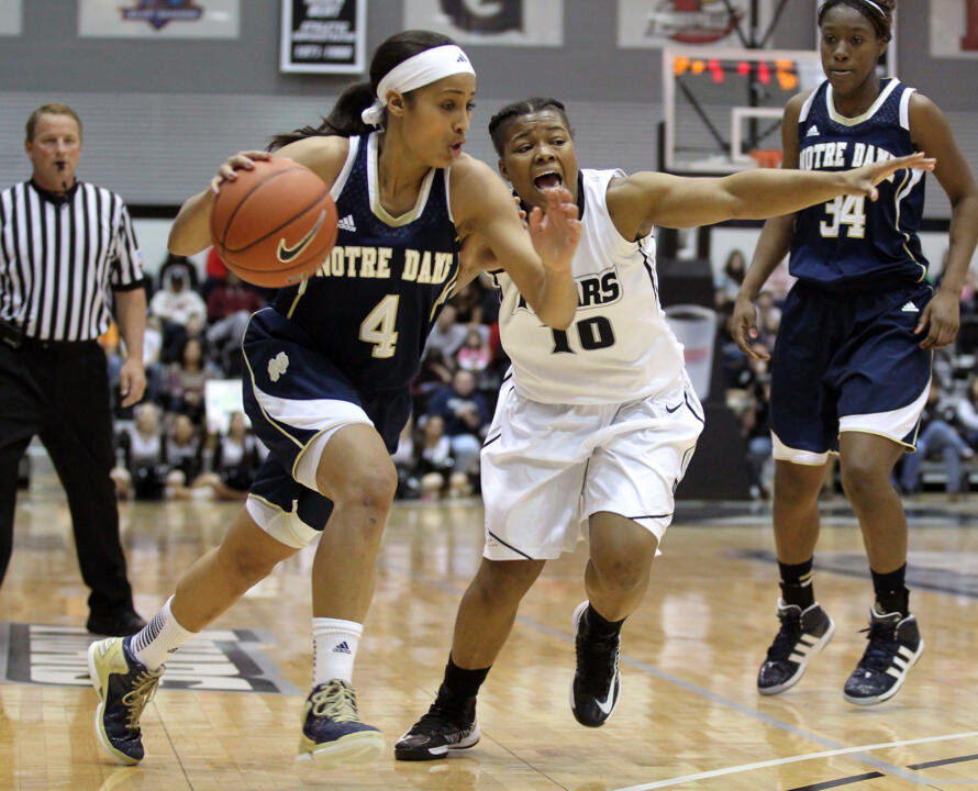 Guard Skylar Diggins (4)