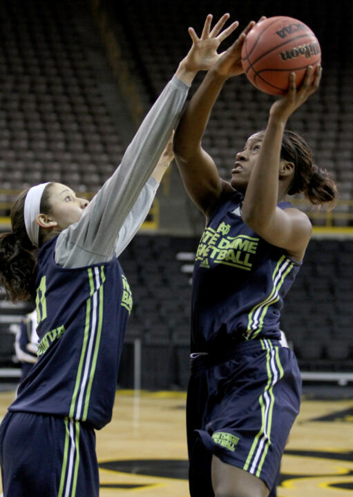 Natalie Achonwa (left) and Markisha Wright at Saturday's practice