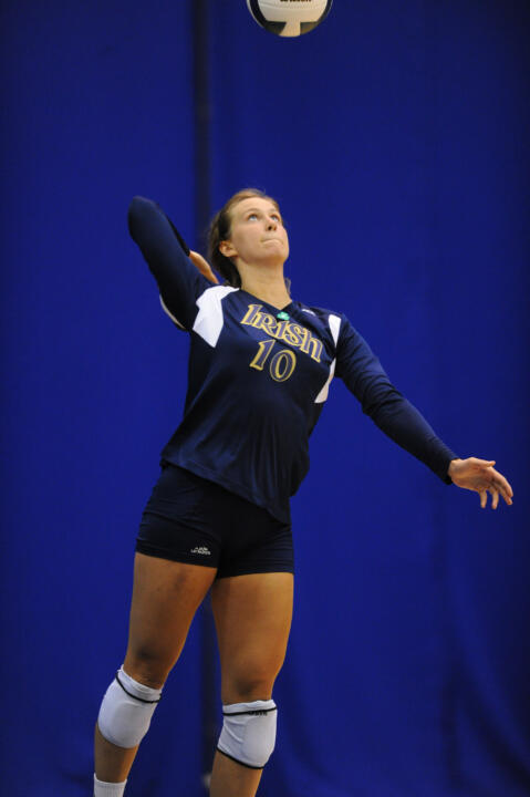 Junio Kathleen Serveryn helped the Irish close out the match against Oakland with solid serving in set four.