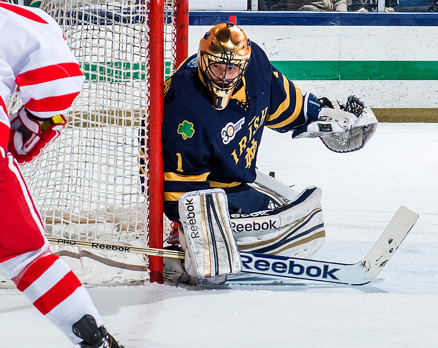 With a 2-0 shutout versus Boston University, senior goaltender Steven Summerhays picked up his Notre Dame-record 13th career shutout.