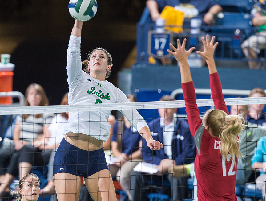 Graduate student Nicole Smith had 13 kills and eight digs against Washington State.