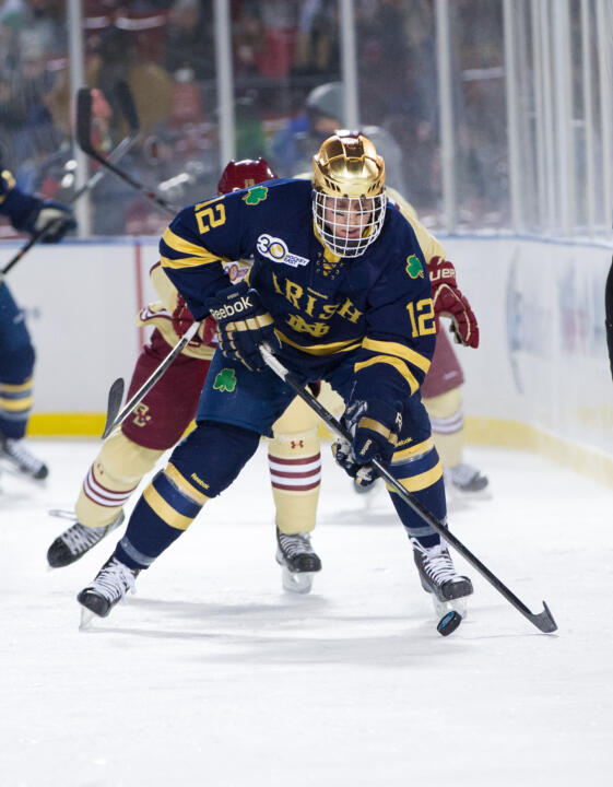 Sam Herr scored twice in the first period to lead Notre Dame to a 6-3 win over Niagara.