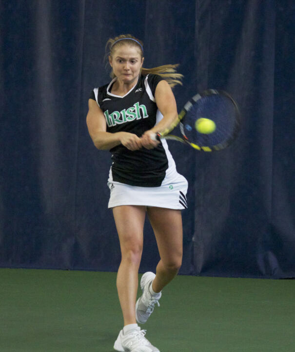 Monica Robinson advances in both the doubles and singles brackets on Sunday at the USTA/ITA Midwest Regional. She and partner Quinn Gleason will compete in Monday's doubles championship.