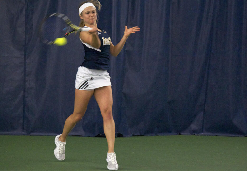 Monica Robinson won in three sets in the singles quarterfinals at the USTA/ITA Midwest Regional Championships before falling to No. 21 Ronit Yurovsky in the semifinal Monday.