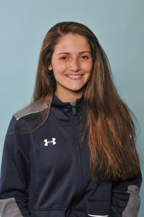 Irish sabreuse Francesca Russo is one of many freshman standouts on the Notre Dame fencing team heading into 2015.