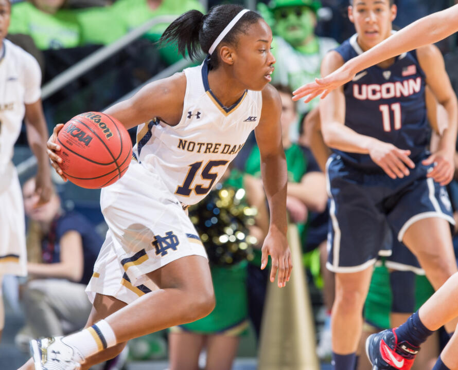 Lindsay Allen scored a career-high 17 points versus Michigan.