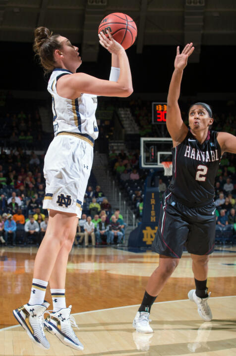Junior guard/tri-captain Michaela Mabrey has started all 20 games for Notre Dame this season, averaging 7.2 points per game while connecting on a team-high 42 three-pointers.