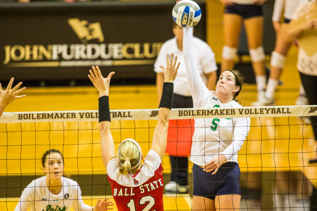 Sophomore Sydney Kuhn led the Irish in kills (8) and digs (9) in ND's 3-0 loss to No. 17 FSU Sunday afternoon.