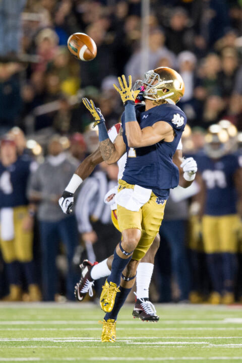 Will Fuller catches a 75-yard touchdown pass on Notre Dame's first play from scrimmage against USC.
