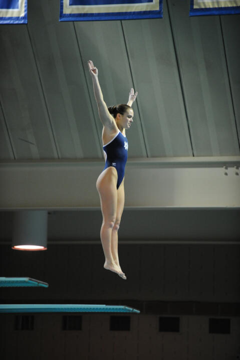 Lindsey Streepey took first on Friday in the 3m event.