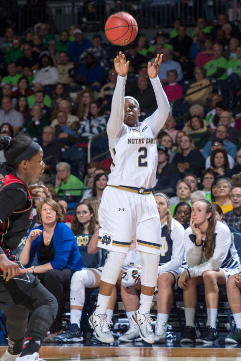 Arike Ogunbowale shoots a three point basket in the third quarter.