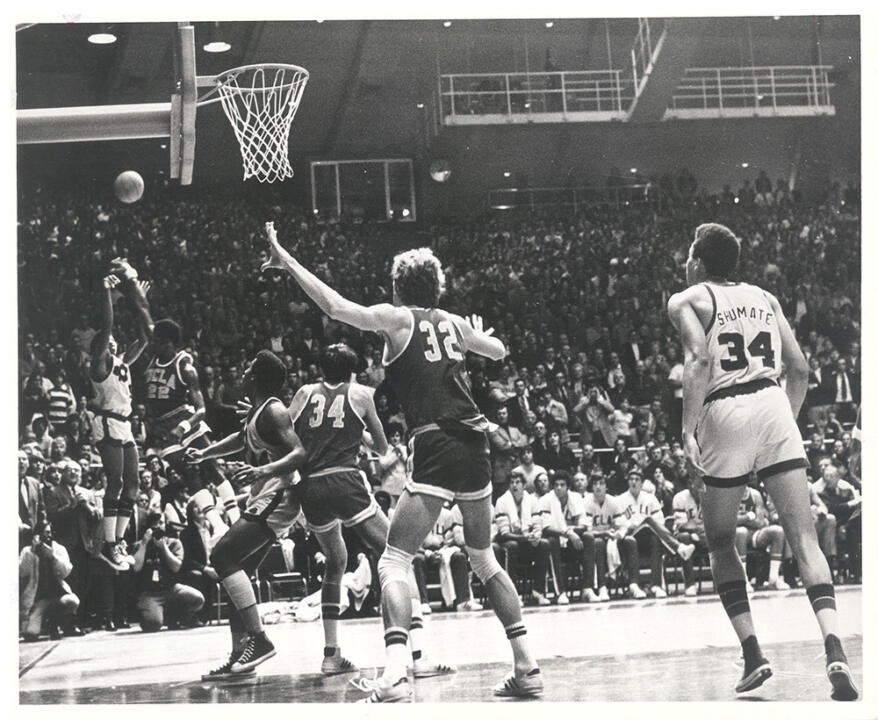 Dwight Clay hits the game-winning jump shot to defeat #1 UCLA on Jan. 19, 1974, and end the Bruins' record 88-game win streak