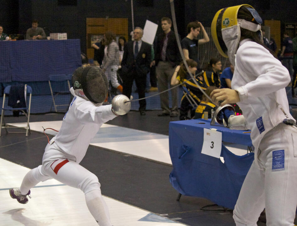 Ewa Nelip, fencing at Notre Dame in 2013