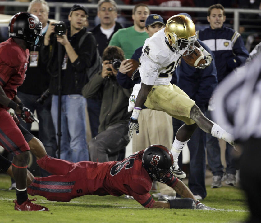 No. 22 Notre Dame Struggles, Falls to No. 4 Stanford 28-14 (AP)