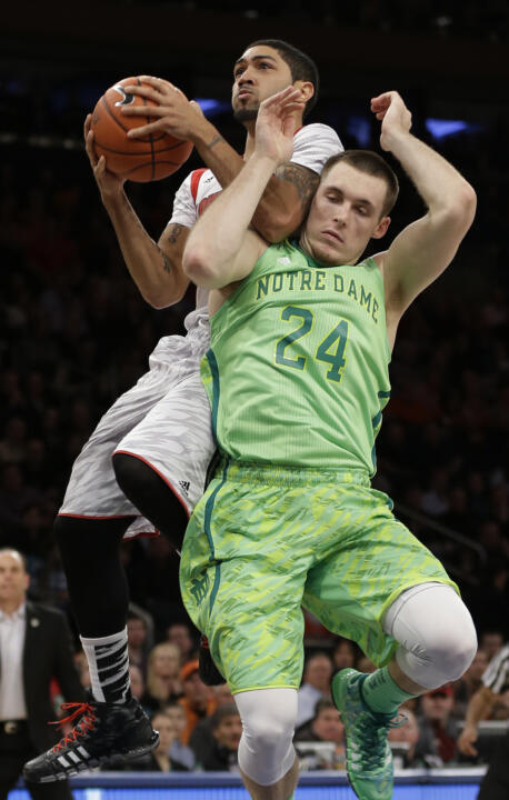 No. 24 Notre Dame Knocked Out of BIG EAST Tournament (AP)