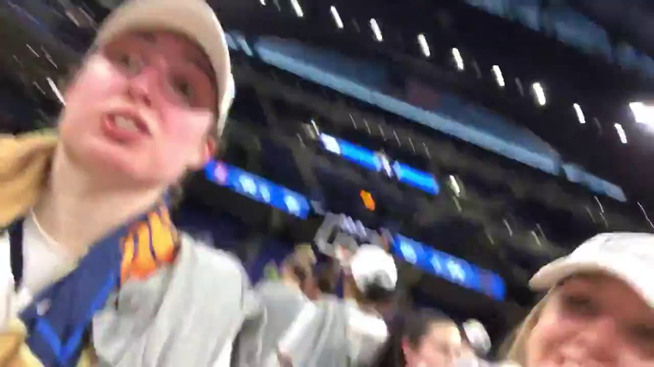 @NDWBB | Elite Eight Selfie Cam